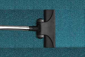 Cylinder Vacuum Cleaning Carpet