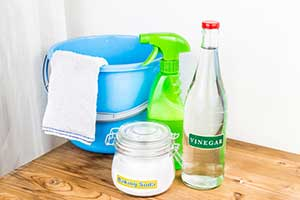 Baking Soda & Vinegar Cleaning